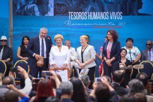 Premiacioěn Tesoros Humanos Vivos 2017 Lucy Briceno